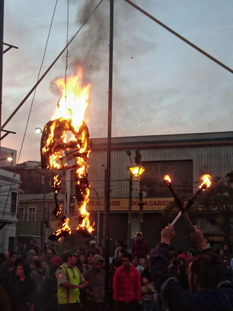 Judas a brûlé à Valparaiso, Chili