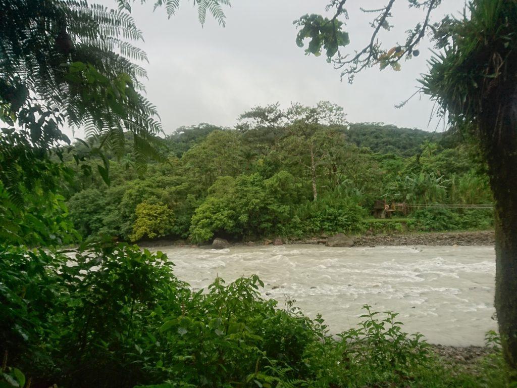 Visite du parc Villa Tunari, Bolivie