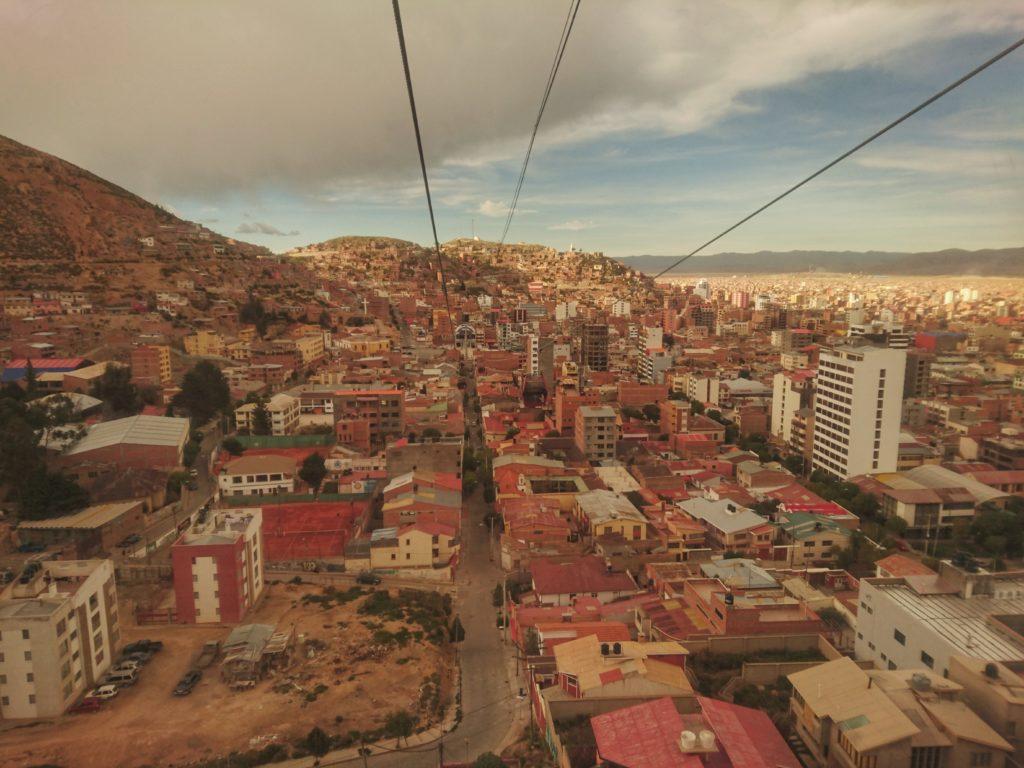 Oruro vu depuis un téléphérique, Bolivie